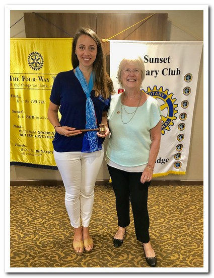 President Margaretanne Ingle and her mother, Rotarian Betty Vickers.